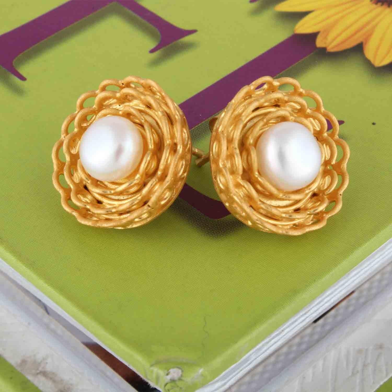 Indian Style Warm Pearl Earrings