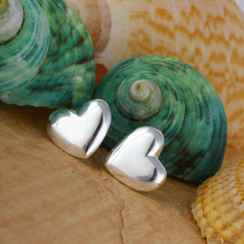 Shiny Love Stud Earrings