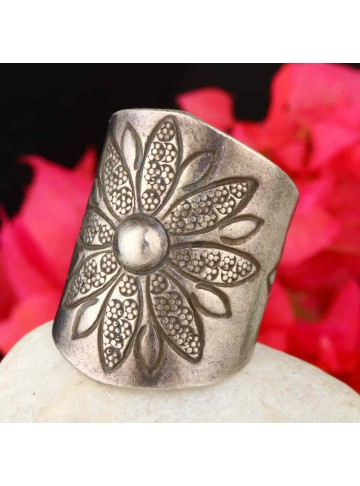 Etched Floral Ring